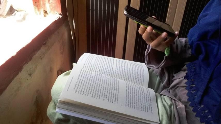 Buku dan jendela (Foto: Ade/Sayurankita)